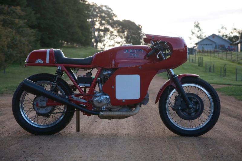ducate rouge Ducati15