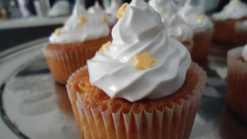 Cupcakes : recettes et décors simples - Page 5 Dsc01814