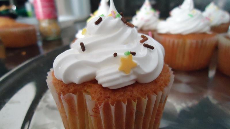 Cupcakes : recettes et décors simples - Page 5 Dsc01815