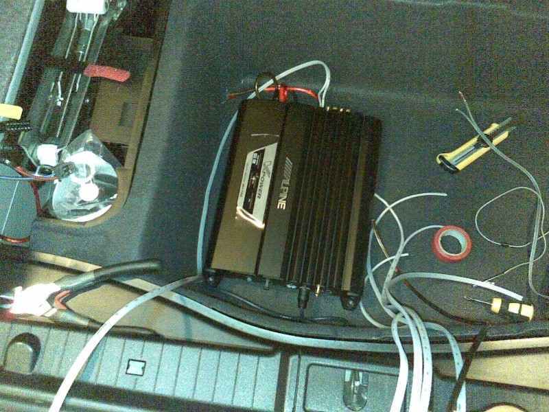 Mercedes Classe E CDI / Projecto 5.1 DTS, Dolby Pro-Logic II 23012011