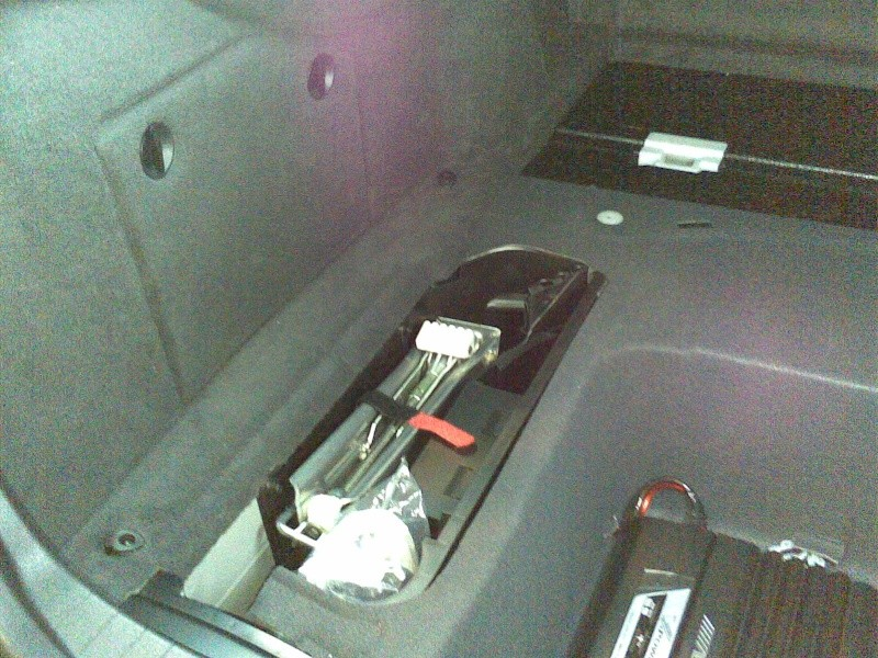 Mercedes Classe E CDI / Projecto 5.1 DTS, Dolby Pro-Logic II 23012013