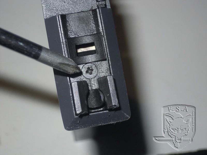 [Tuto] Réparation chargeur V1 GBBr (ici un chargeur de Scar ou M4 WE) Dscn2610