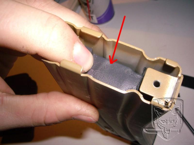 [Tuto] Réparation chargeur V1 GBBr (ici un chargeur de Scar ou M4 WE) Imgp3813