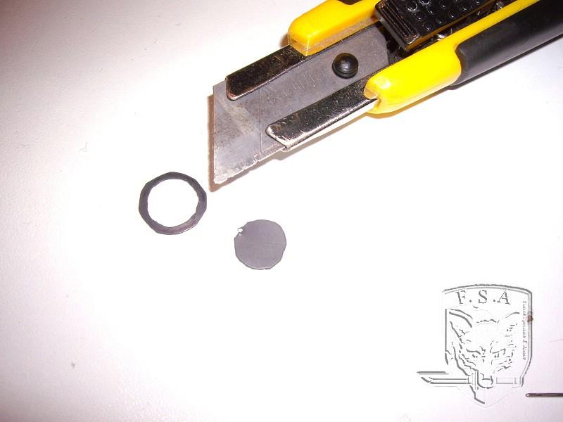 [Tuto] Modification du piston pour éviter le jeu au niveau de la culasse: Imgp4614