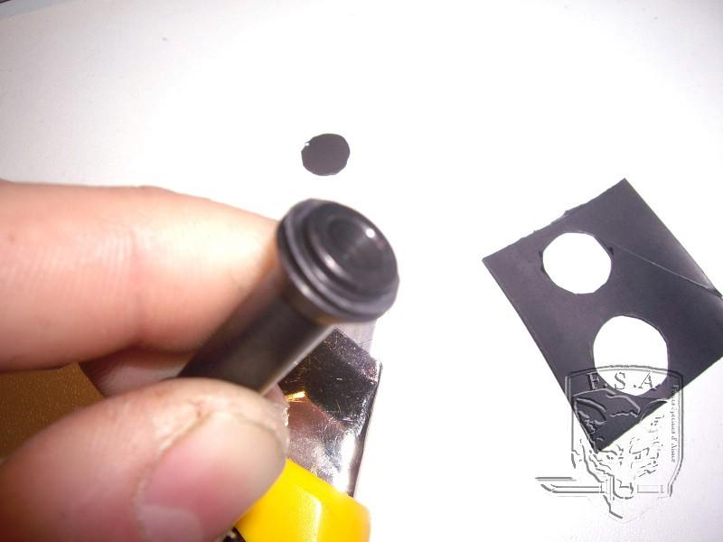 [Tuto] Modification du piston pour éviter le jeu au niveau de la culasse: Imgp4615