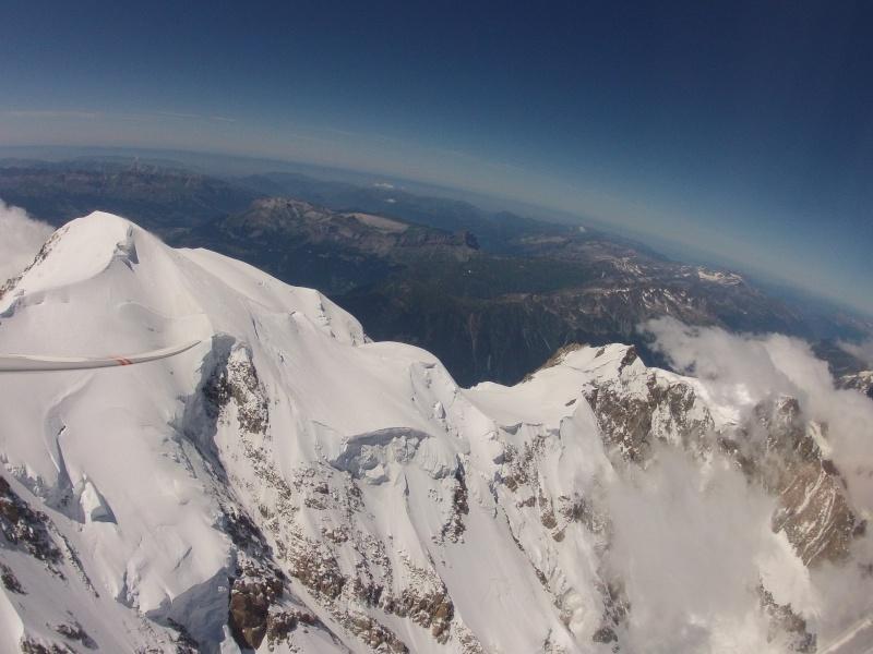 Survol de Val d'Isère en parapente Gopr1110