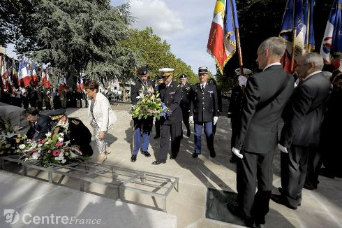 Commémoration Aout 2012 : Le 16 août 1944, la ville d'Orléans était libérée par les troupes américaines 80324210