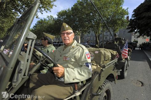 Commémoration Aout 2012 : Le 16 août 1944, la ville d'Orléans était libérée par les troupes américaines 80324510