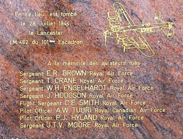REBRECHIEN - Stèle du Lancaster LM462 Sans_t12