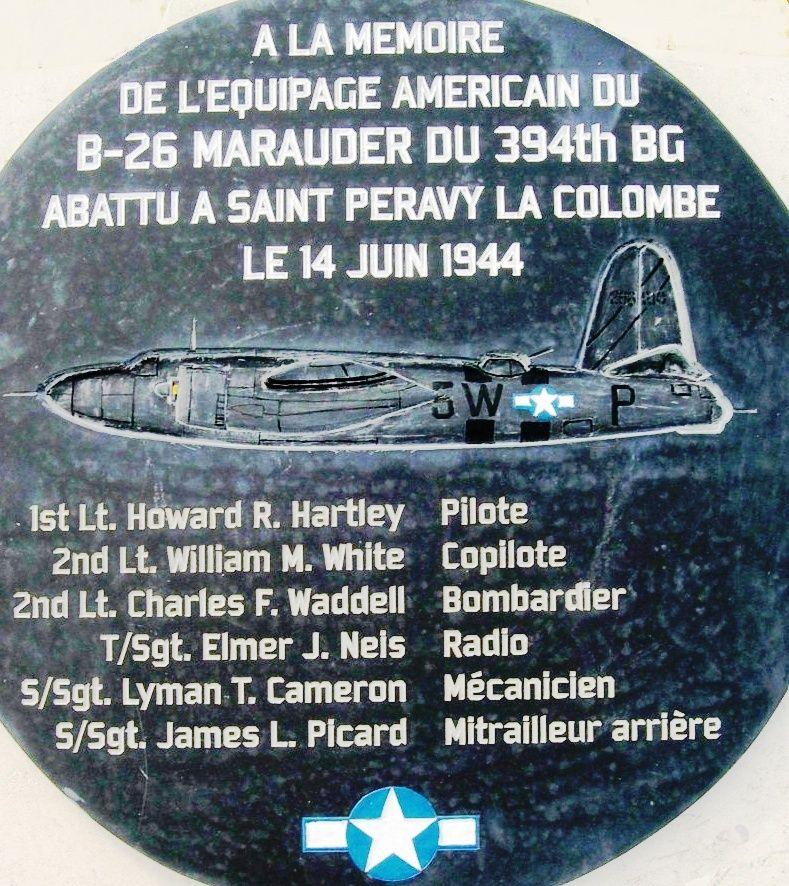 SAINT PERAVY LA COLOMBE - Stèle du B26 Marauder Sans_t16