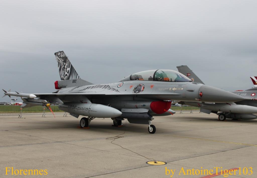 DEBRIEFING Florennes Airshow 2012 Img_3217