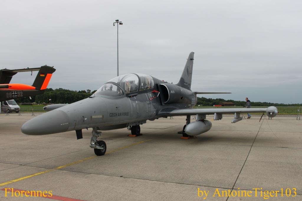 DEBRIEFING Florennes Airshow 2012 Img_3222