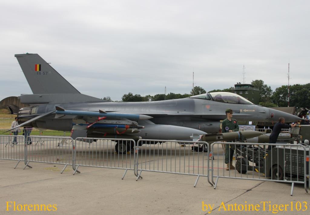 DEBRIEFING Florennes Airshow 2012 Img_3318