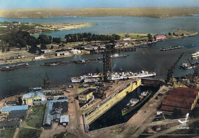 [Les ports militaires de métropole] Port de LORIENT Lorien11