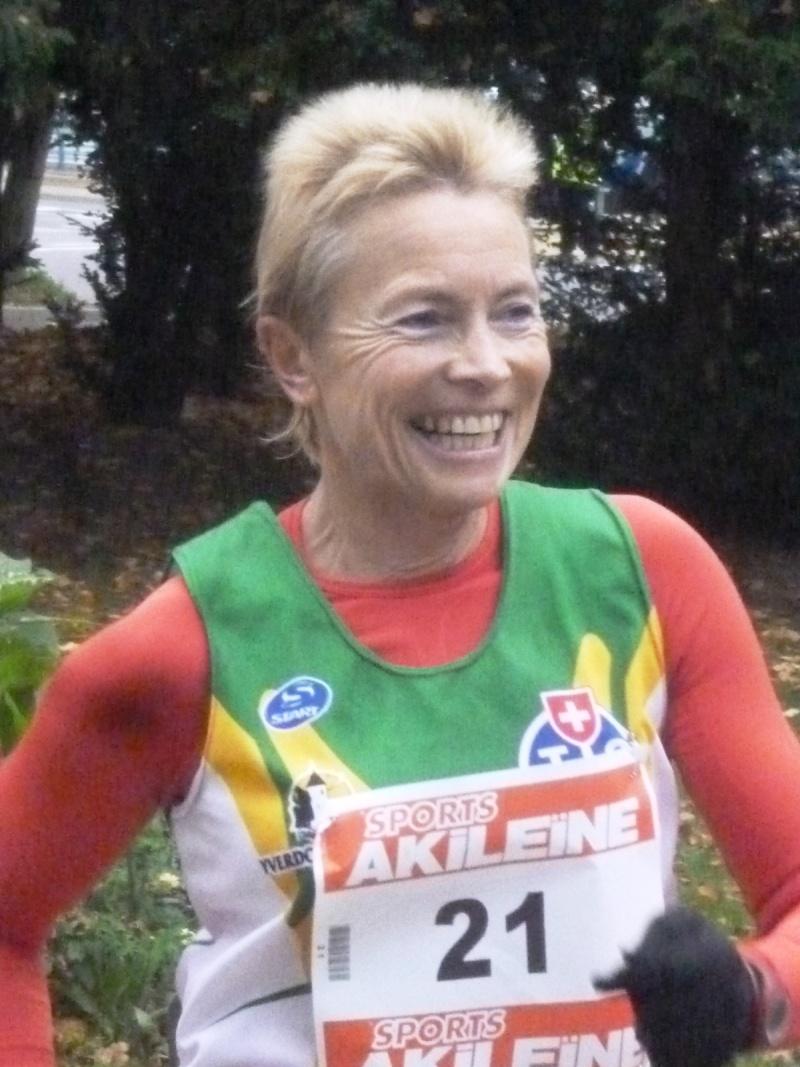 Grand Prix de La Voie Sacrée (56km ou 21km): 11/11/2011 Dora_j10