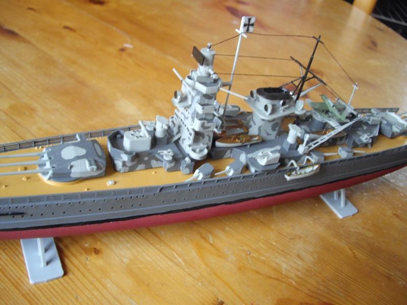 cuirassé de poche admiral graf spee heller 1/400 par doom56 Imgp1314