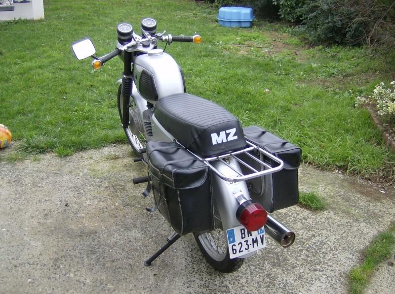 Voici donc ma Meuzeu 250 TS/1  Hpim3327