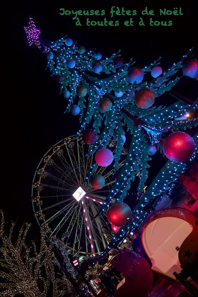 Joyeuses fêtes de Noël ! 18122210
