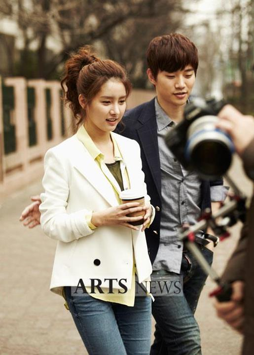 [19.03.12] [PICS] Junho & Kim So Eun - Music and Lyrics 2050