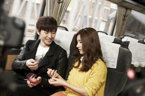 [19.03.12] [PICS] Junho & Kim So Eun - Music and Lyrics 4149