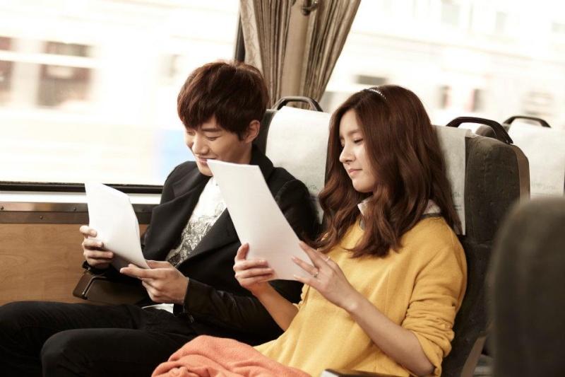 [19.03.12] [PICS] Junho & Kim So Eun - Music and Lyrics 5145