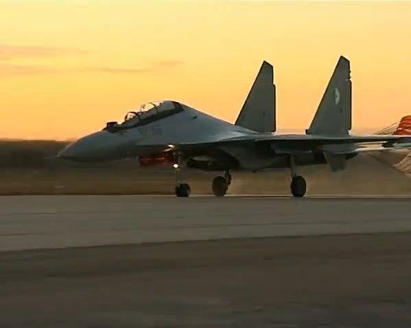 Chasseur Su-30MKA - Page 5 26877710