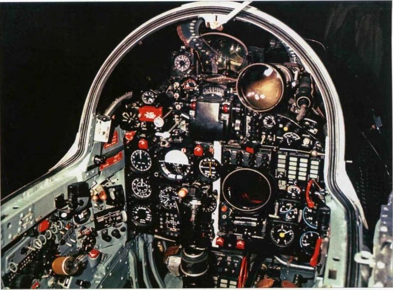 "Mig-25RB/RBSh ""Foxbat"" Cockpi11"