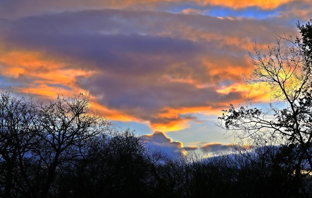 Fil à nuages De_mon10