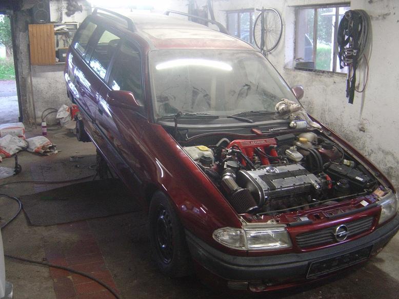 Mein Astra F Caravan C20XE 00811