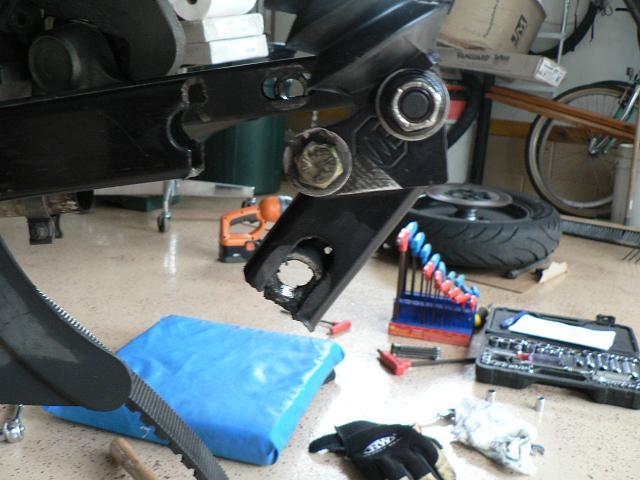 Kit abaissement suspension FLH Wblowe11