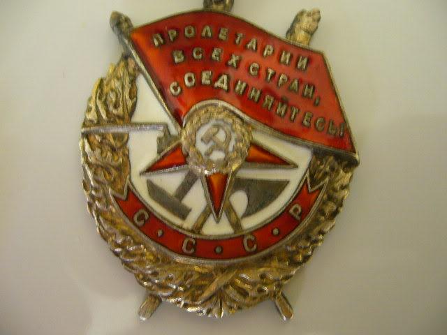 L'ordre du Drapeau Rouge [URSS] Drapea12