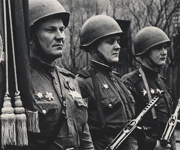 Ordre de la Grande Guerre Patriotique / Urss Ragime10