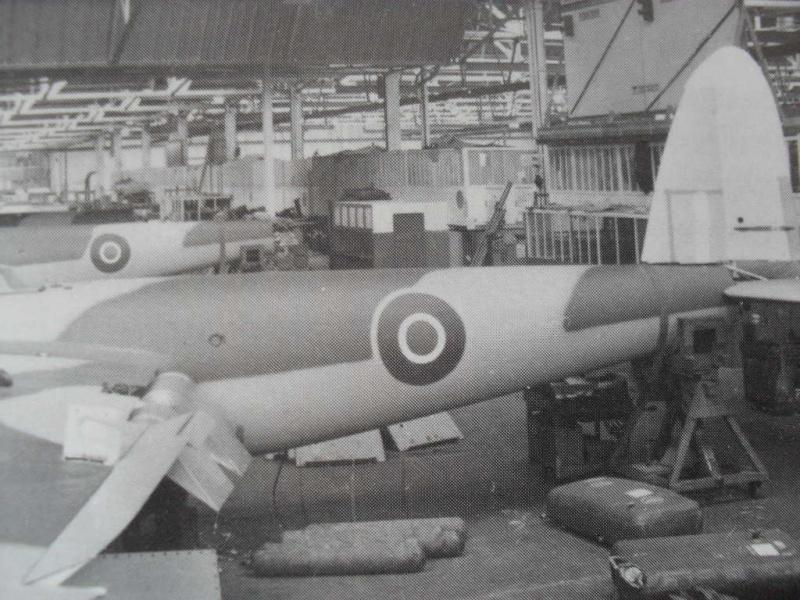 DH98 Mosquito FB Mk VI.   1/32 - Page 2 Sam_0342