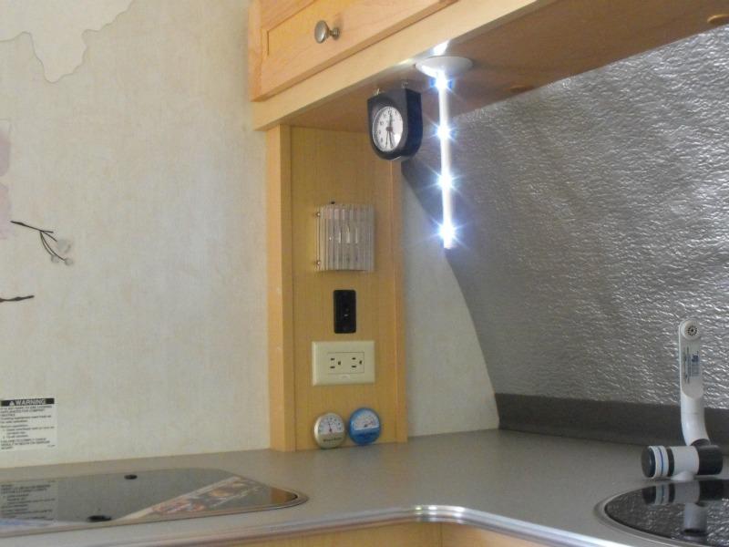 Gadgets: ces petits gugus qui rendent le camping plaisant Lampe_12