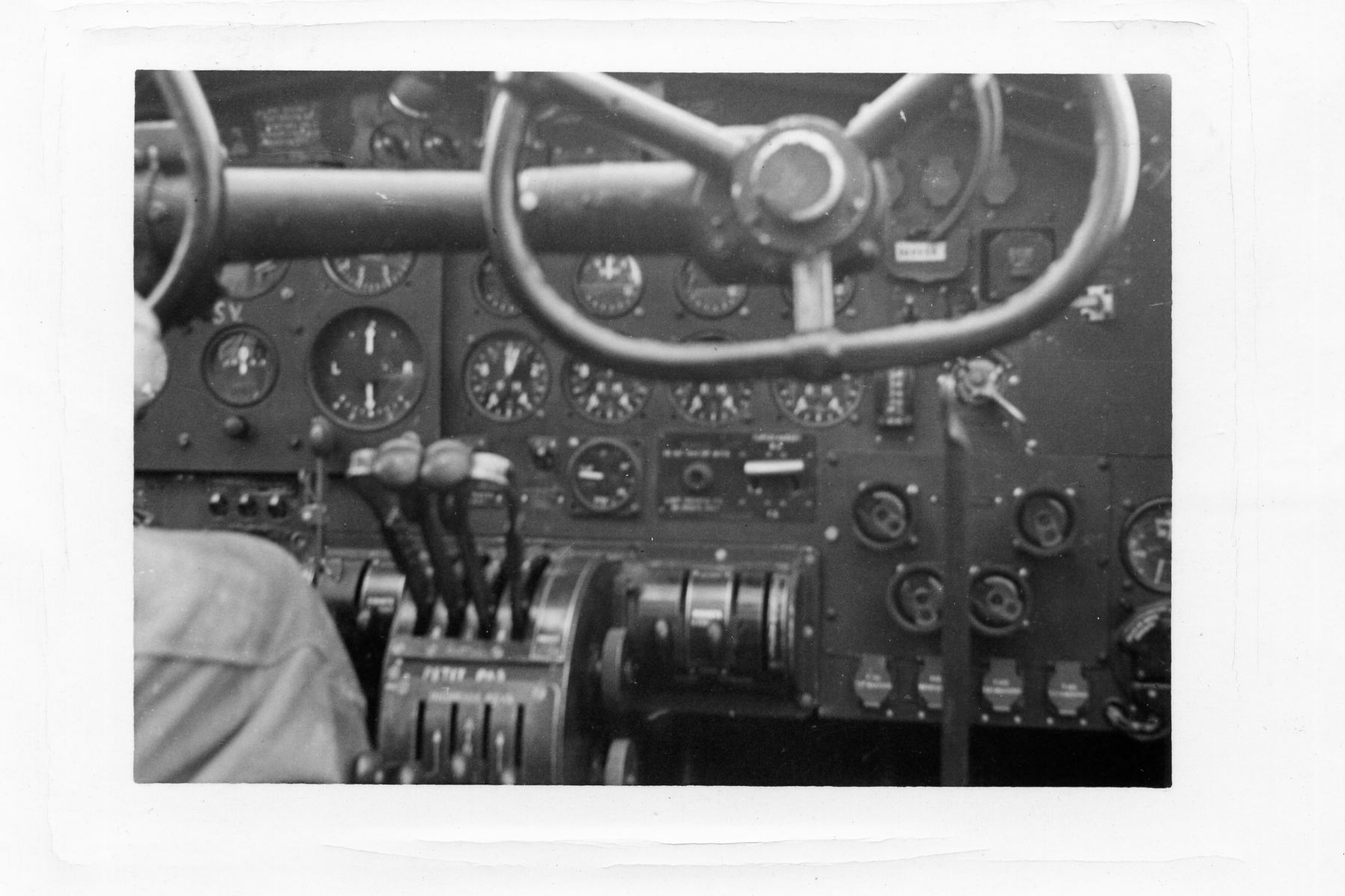 [Les anciens avions de l'aéro] Les bons vieux Lanc de l'Aéronavale ! - Page 2 Lancas10