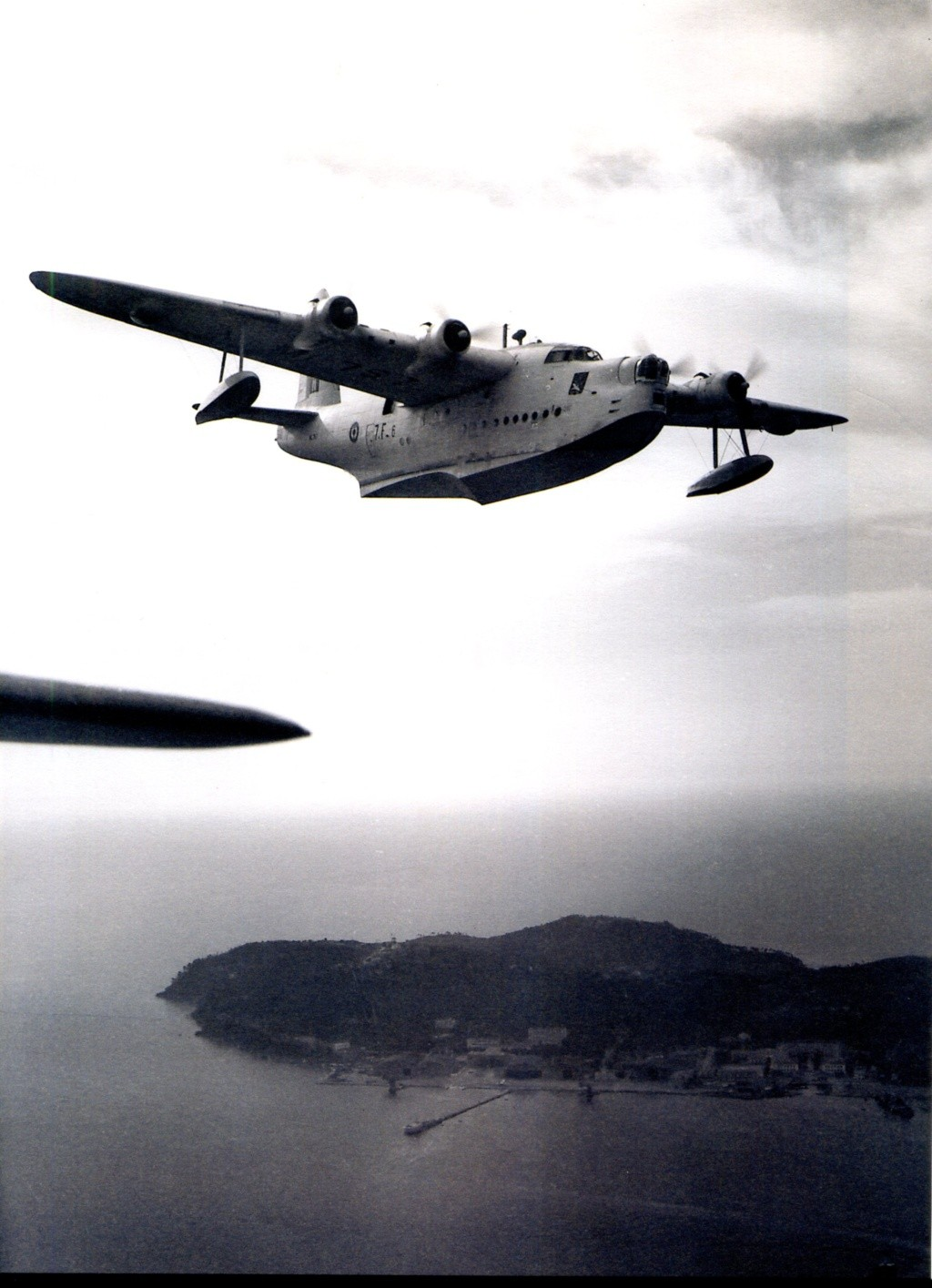 """[Les anciens avions de l'aéro] Hydravion SHORT """"SUNDERLAND"""" Sunder24"""
