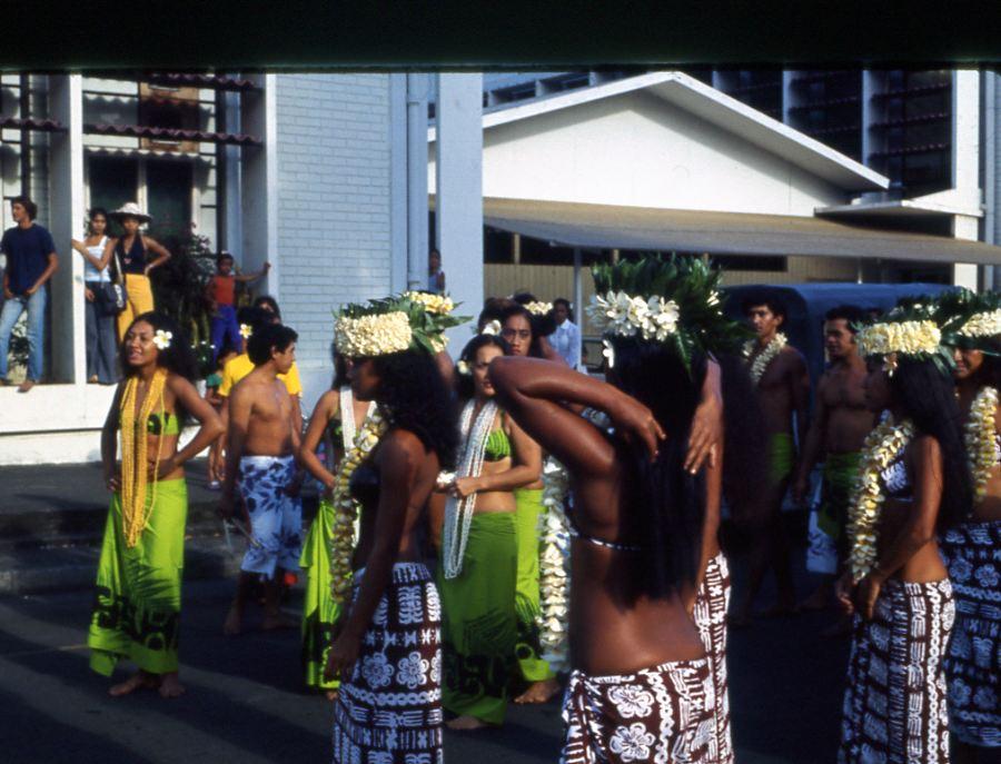 [Campagne C.E.P.] Papeete - Les sacrés 14 juillet ! ! ! - Page 3 Tahiti13