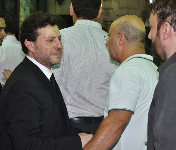 عزاء ابنة هاني شاكر بالصور Image-10