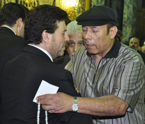 عزاء ابنة هاني شاكر بالصور Image-19