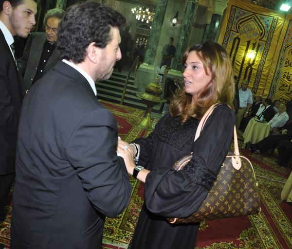 عزاء ابنة هاني شاكر بالصور Image-24