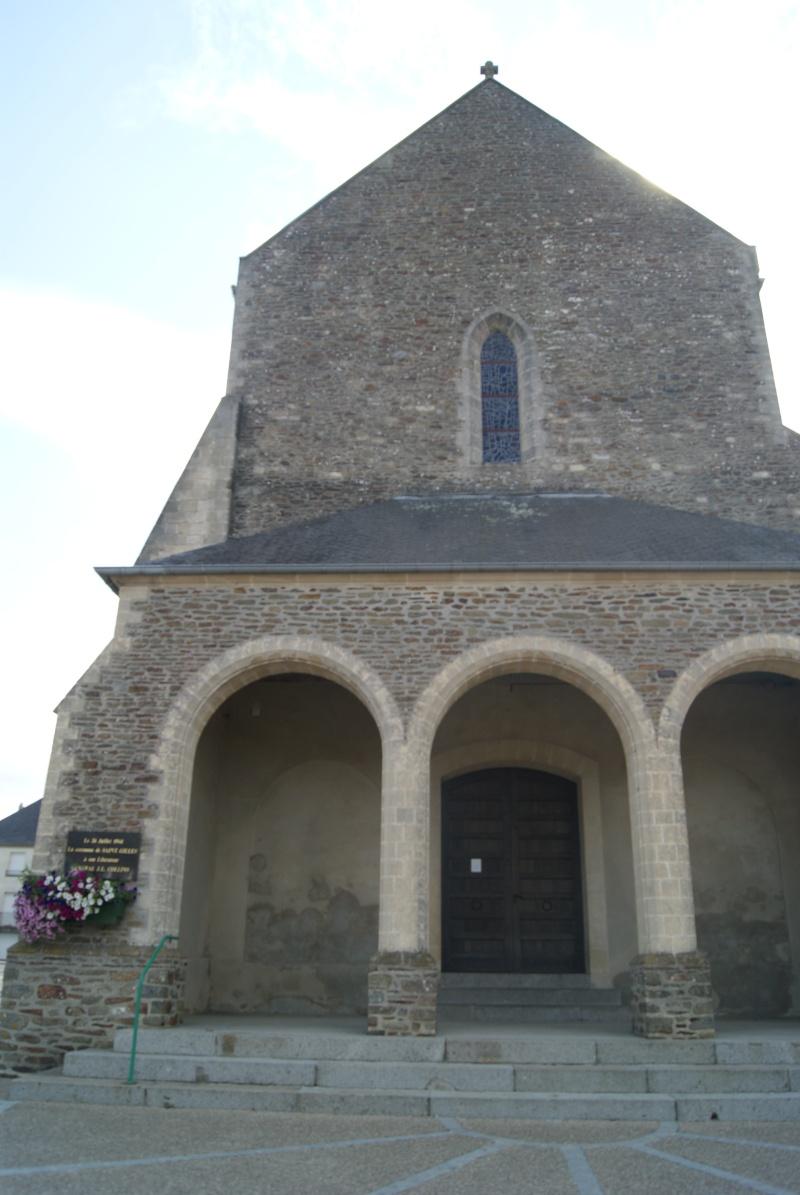 Stèle à Saint-Gilles (Normandie) Dsc07324