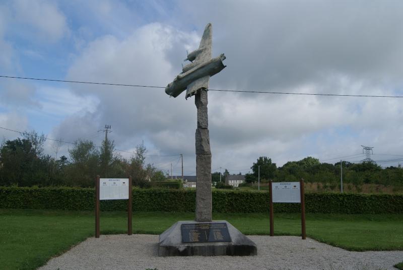 Monument WW2 - Briquebec/Rocheville (Normandie) Dsc07520