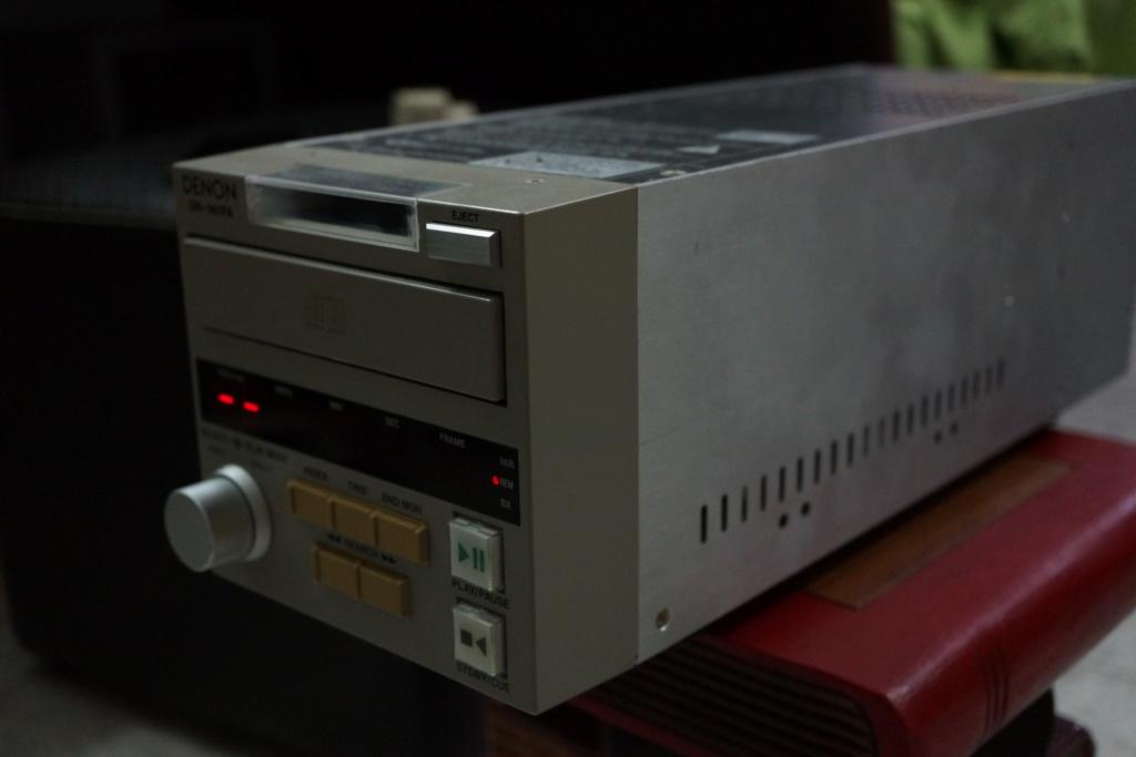 Denon DN-961FA Broadcasting studio CD Player Dsc00036
