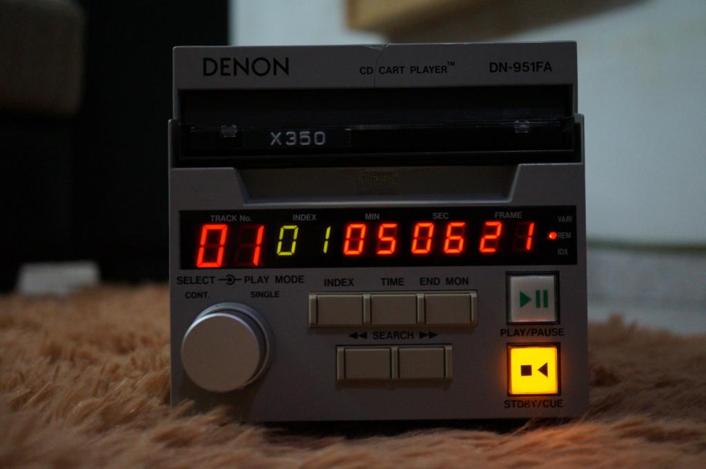Denon DN-951FA Broadcasting studio CD Player Dsc09610