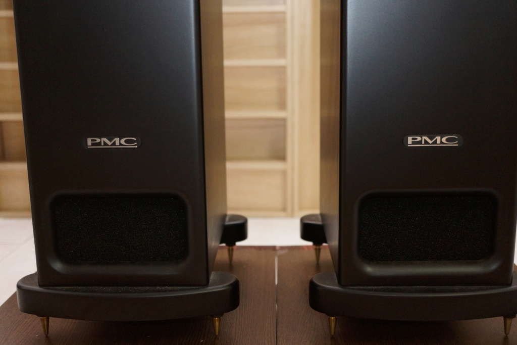 PMC GB1 Signature Floor Standing Speakers  Dsc09912