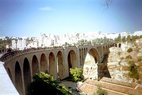 منتديات بنت الجسور المعلقة