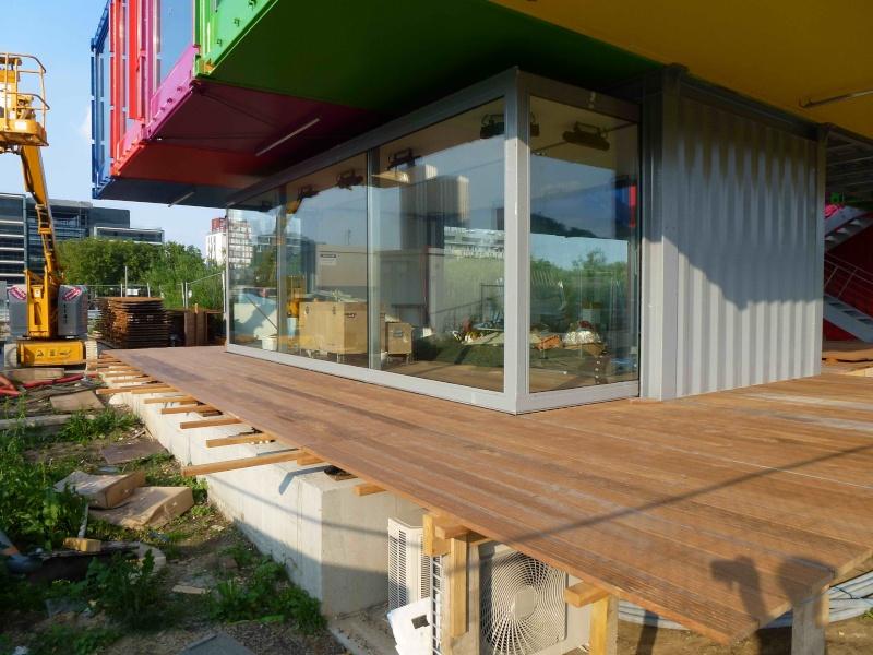 Pavillon d'informations de la SAEM / SPL sur l'île Seguin (et le trapèze) P1030515