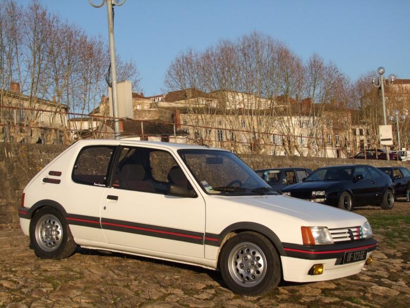 [manu47] 205 GTI 1.6L blanc meige 1987 - Page 2 Dscf8812