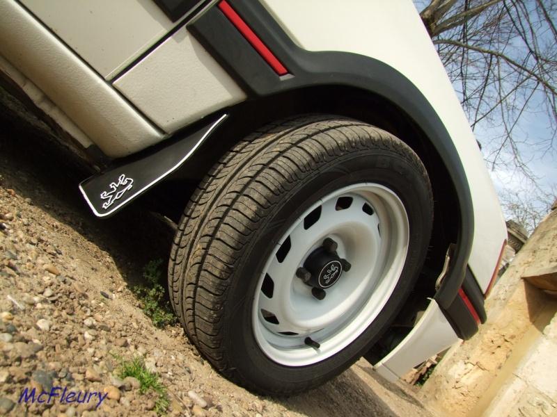 [manu47] 205 GTI 1.6L blanc meige 1987 - Page 2 Dscf9412