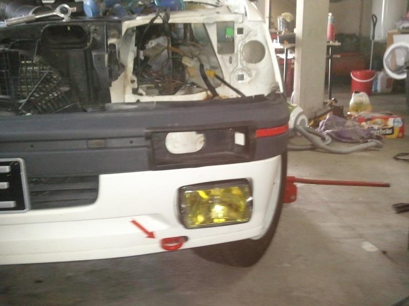 [manu47] 205 GTI 1.6L blanc meige 1987 Photo074
